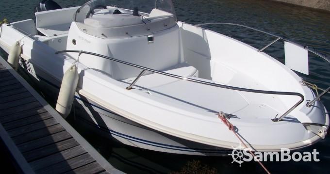 Location bateau Jeanneau 5.5 CC à Plougonvelin sur Samboat