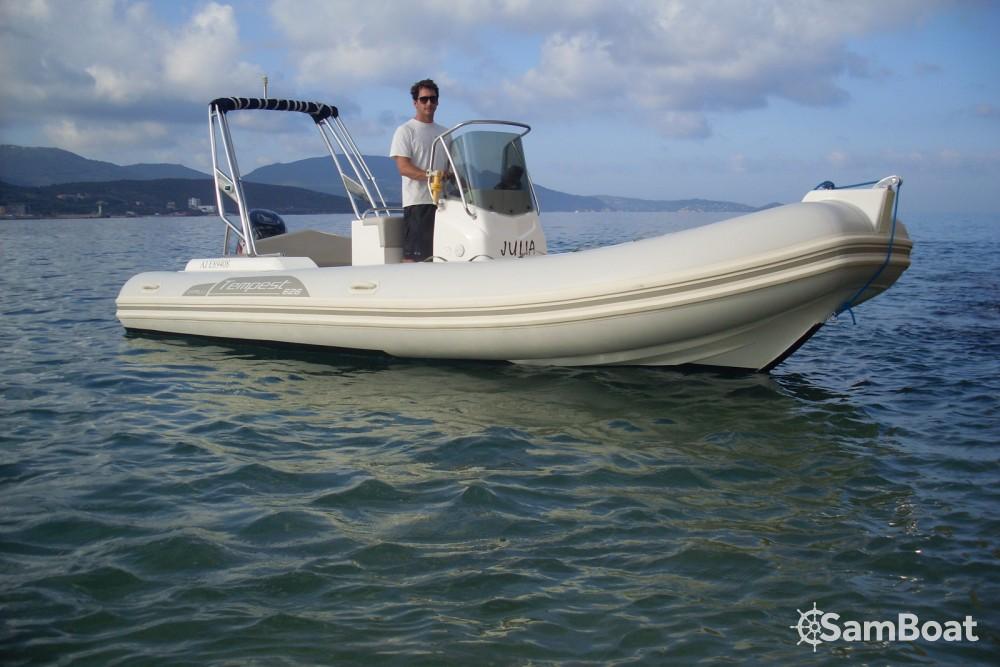 Rubberboot te huur in Propriano voor de beste prijs