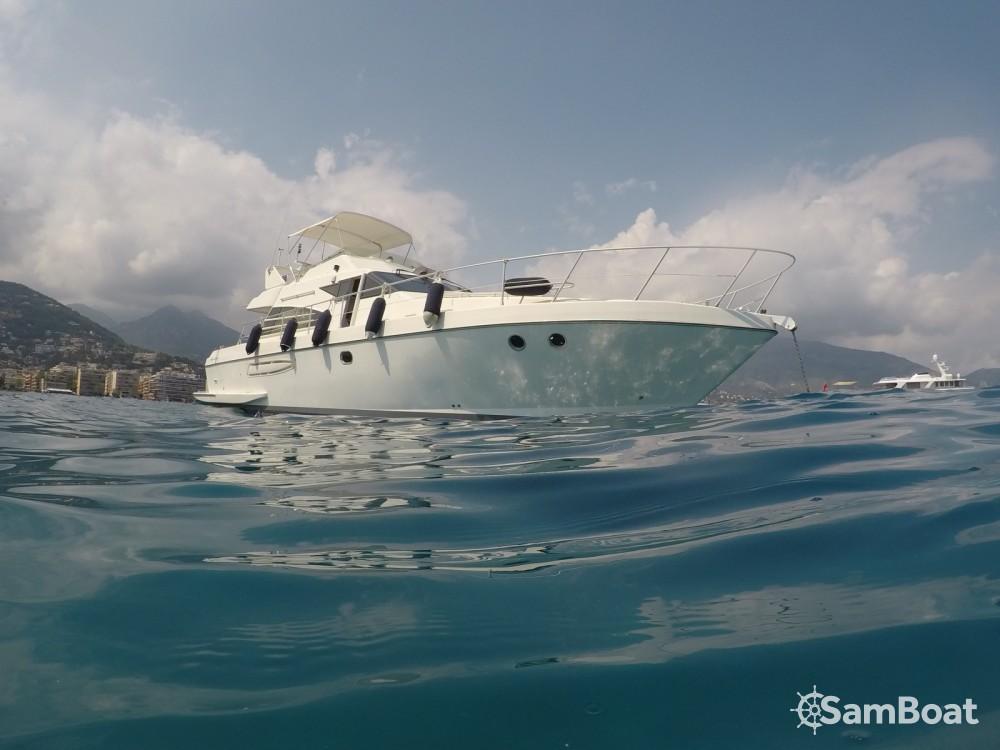 Location bateau Guy Couach Guy Couach 1402 à Menton sur Samboat