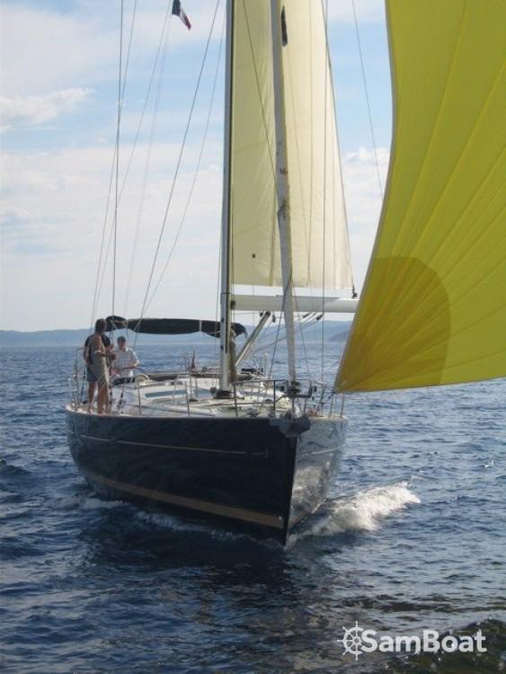 Bénéteau Oceanis 523 Clipper entre particuliers et professionnel à Antibes
