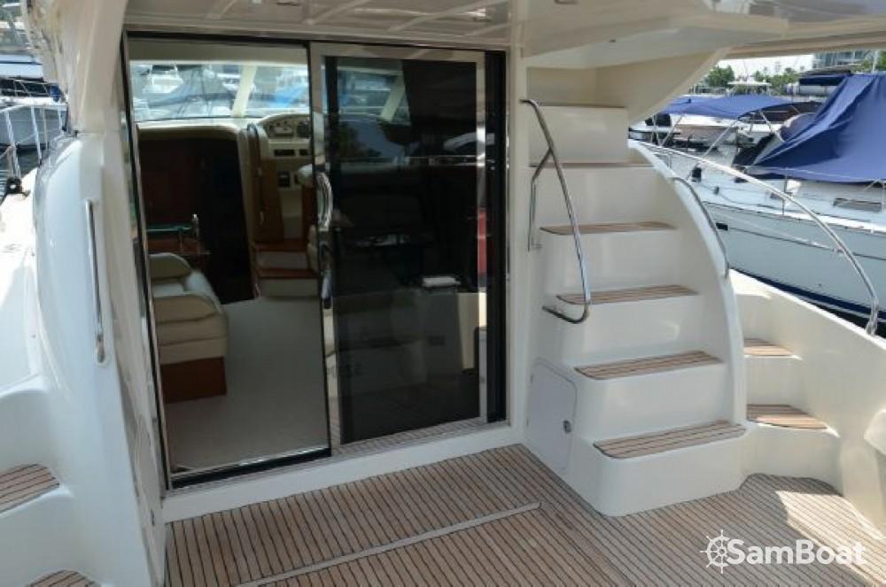Rental yacht Monopoli - Jeanneau Prestige 42 Fly on SamBoat
