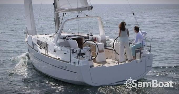 Louez un Bénéteau Oceanis 35 à Arzon