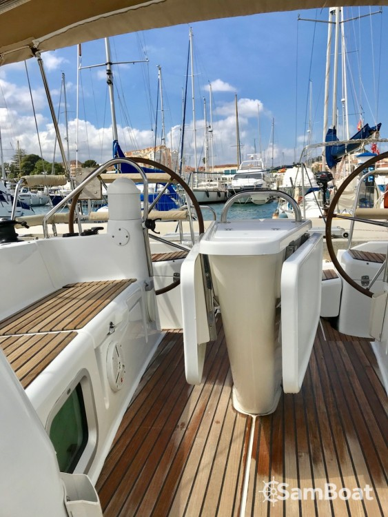 Rental Sailboat in Ibiza city - Jeanneau Sun Odyssey 39i