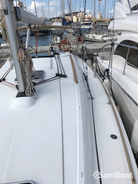 Boat rental Jeanneau Sun Odyssey 39i in Ibiza city on Samboat