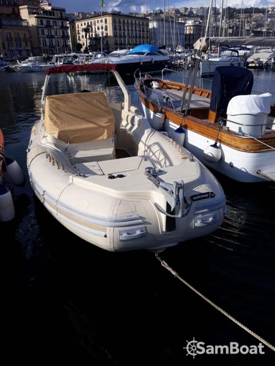 Noleggiare un'Solemar 25 offshore Napoli
