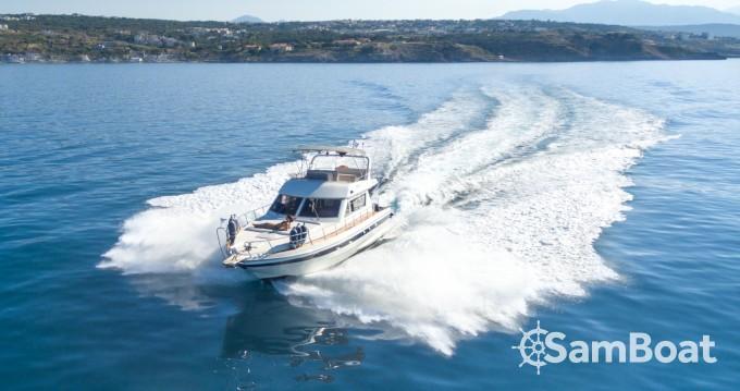 Louer Bateau à moteur avec ou sans skipper Piantoni à Rethymno
