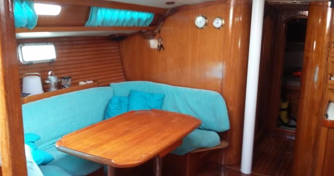 Rental Sailboat in Marseille - Jeanneau Sun Magic 44