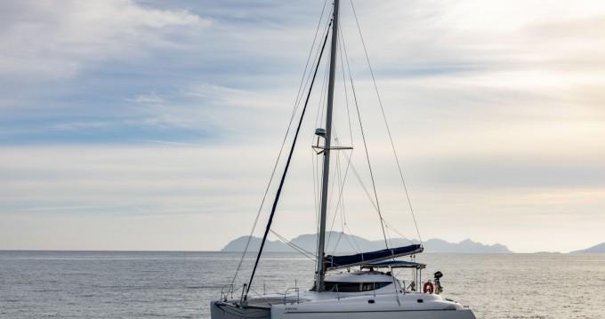 Location Catamaran à Vigo - Fountaine Pajot Athena 38