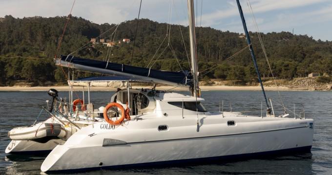 Location bateau Fountaine Pajot Athena 38 à Vigo sur Samboat