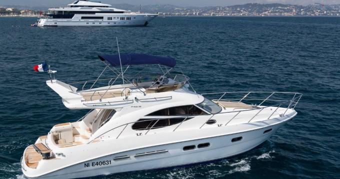 Location yacht à Juan-les-Pins - Sealine F425  sur SamBoat