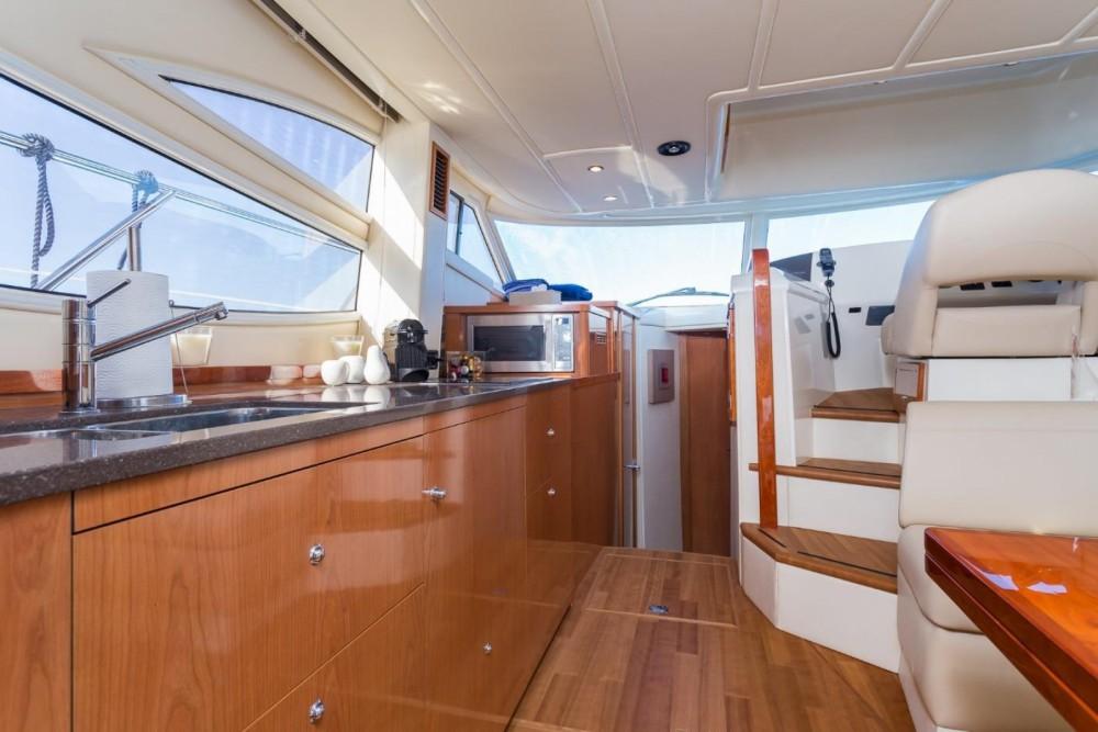 Location Yacht Sealine avec permis