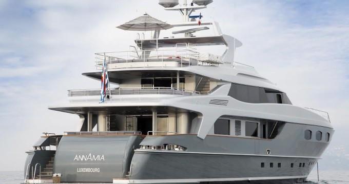 Louer Yacht avec ou sans skipper Baglietto à Saint-Tropez