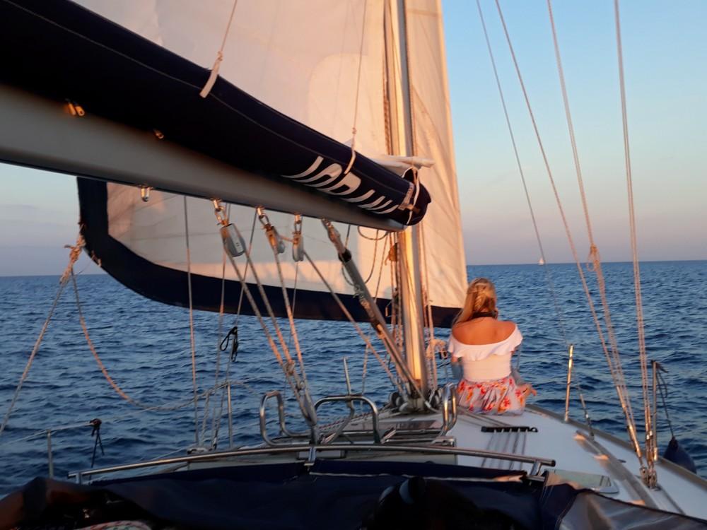 Location yacht à Port Olímpic - Jeanneau Sun Odyssey 40 sur SamBoat