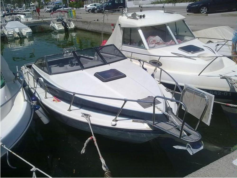 Louez un Corsaire 218 à Aix-les-Bains
