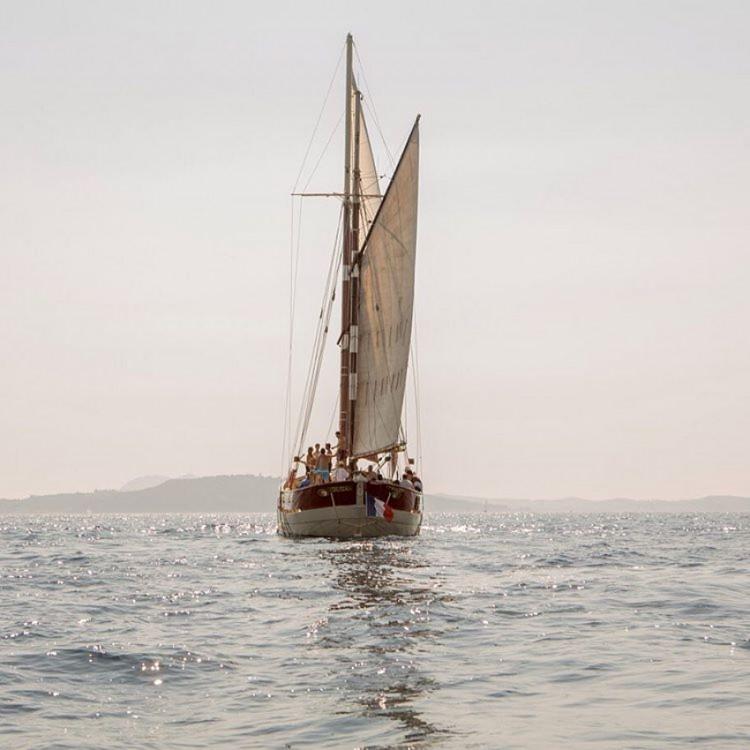 Location bateau Toulon pas cher aurique