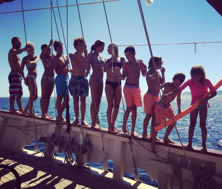 Ketch aurique entre particuliers et professionnel à Toulon