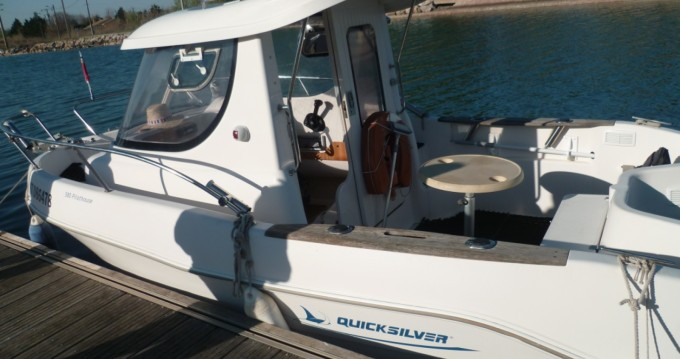 Location yacht à Marseillan - Quicksilver Quicksilver 580 Pilothouse sur SamBoat