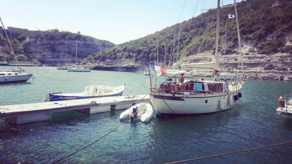 Rental yacht Nice - SINO AMERICAN YACHTS LANDFALL 39 on SamBoat