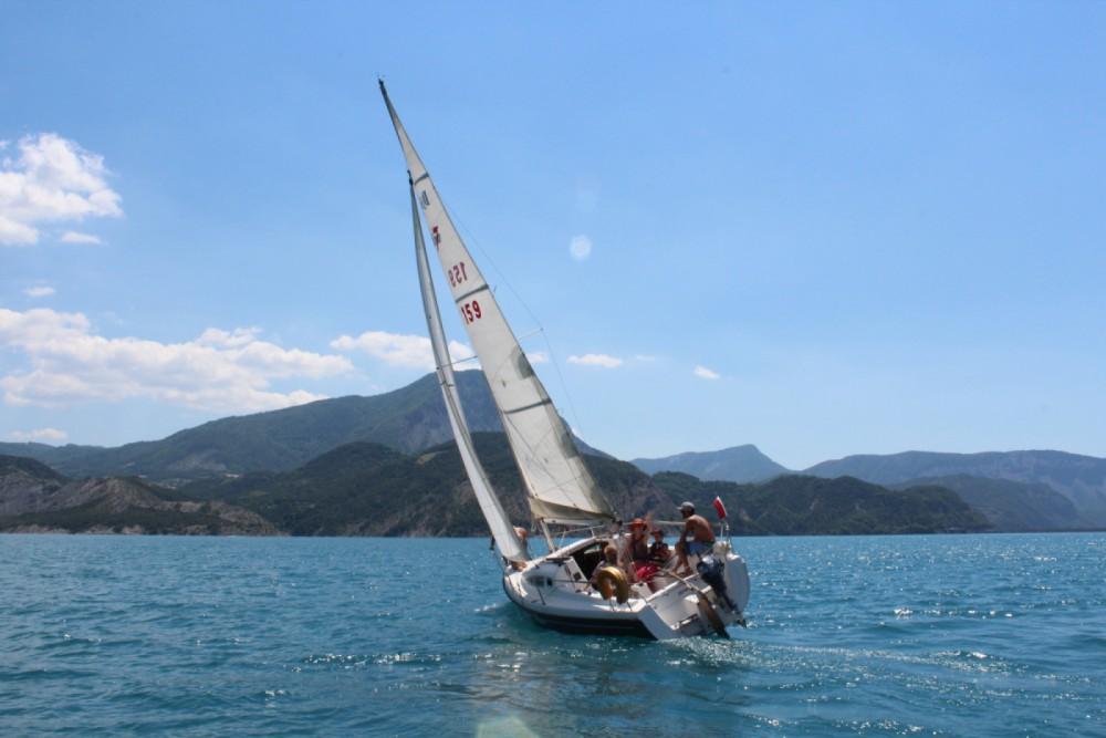 Rental Sailboat B2 Marine with a permit