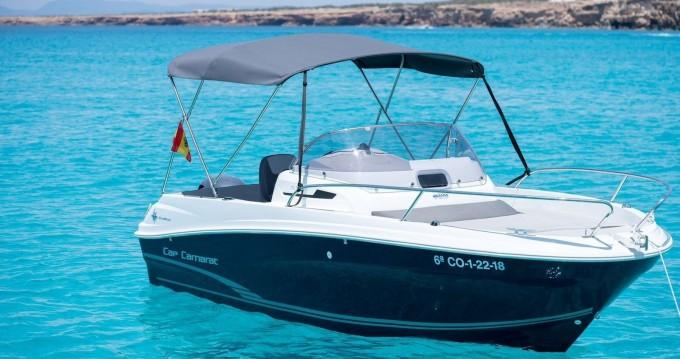 Louez un Jeanneau Cap Camarat 5.5 WA à Ibiza