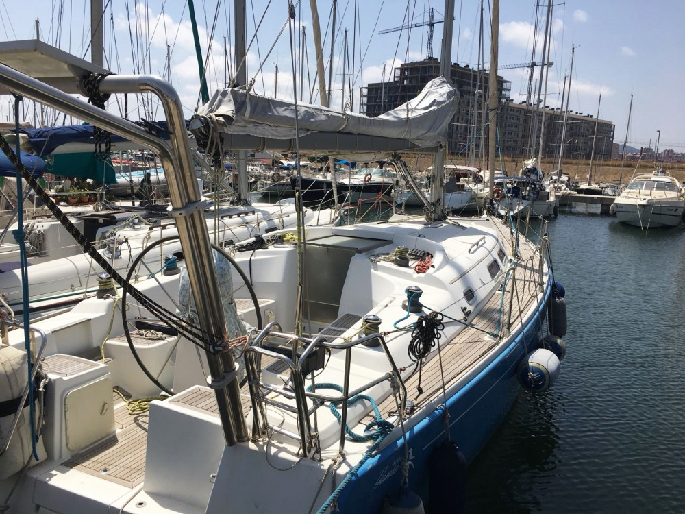 Rental Sailboat in Felanitx - Hanse Hanse 400 E
