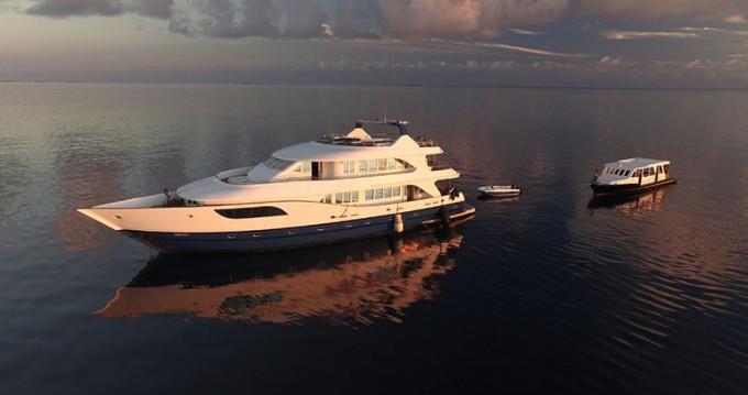 Louer Yacht avec ou sans skipper Honors Legacy à Maale