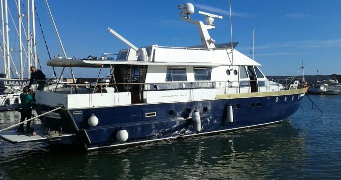 Location bateau Pisciotta pas cher baglietto 20