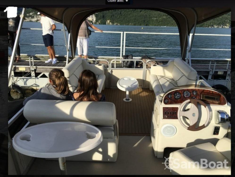 Location bateau Aix-les-Bains pas cher Horizon 1880