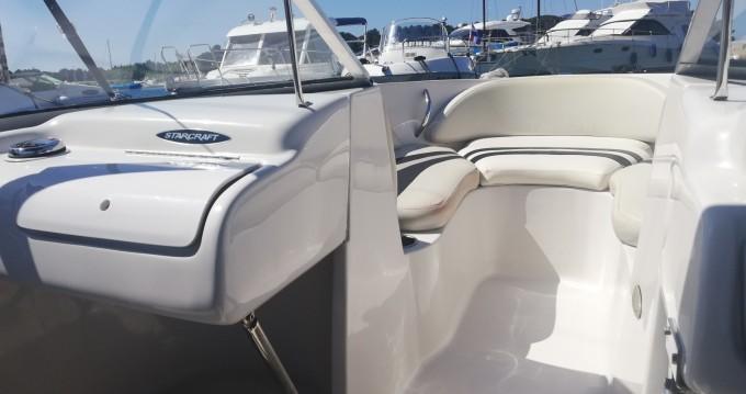 Barca a motore a noleggio Parenzo al miglior prezzo