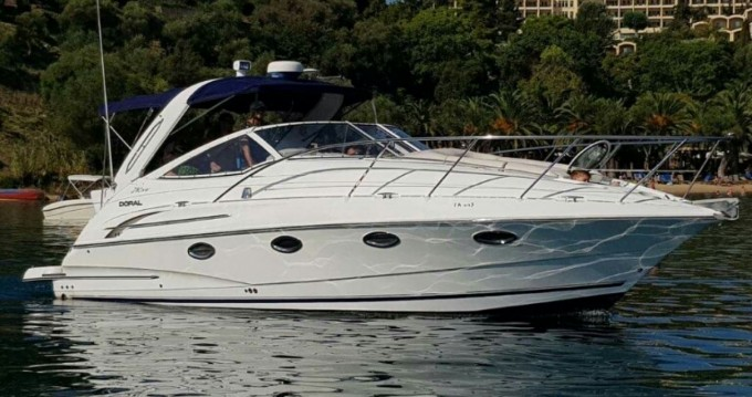 Boat rental Doral Doral 33S in Corfu on Samboat