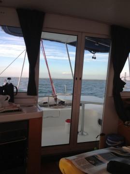 Location bateau Fountaine Pajot Mahe 36 à Gruissan sur Samboat