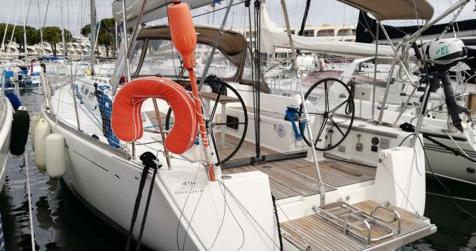 Louer Voilier avec ou sans skipper Dufour à Port-Camargue