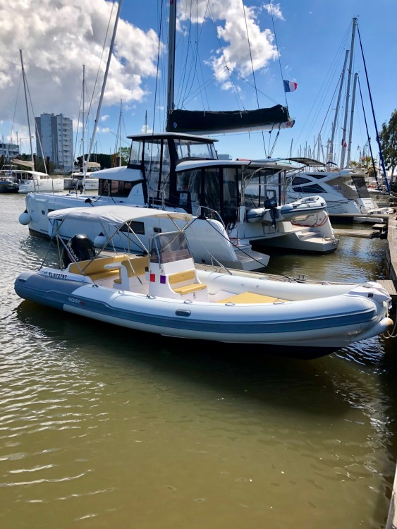 Yacht-Charter in Hyères - Predator 730 auf SamBoat