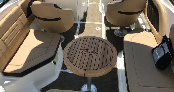 Location bateau Antibes pas cher SPX 230