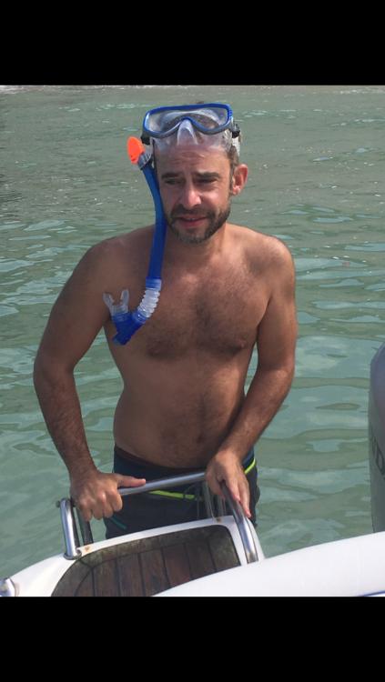 Alquiler Lancha Rio con título de navegación