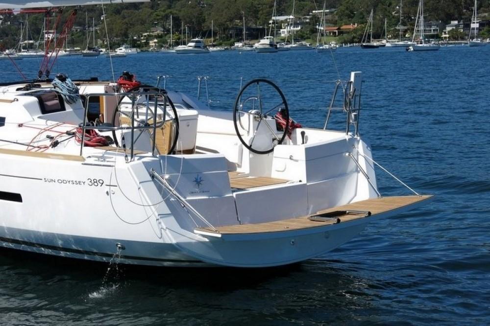 Jeanneau Sun Odyssey 389 entre particuliers et professionnel à La Rochelle