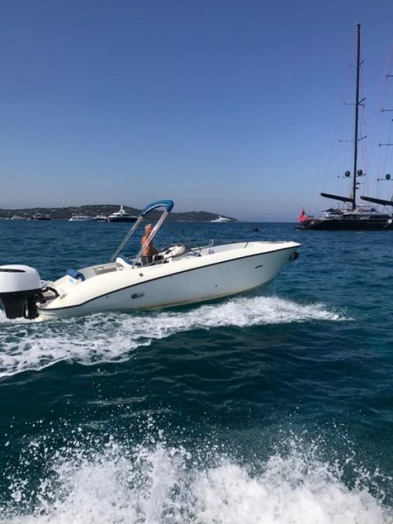 Rent a Clear Aquarius Saint-Tropez
