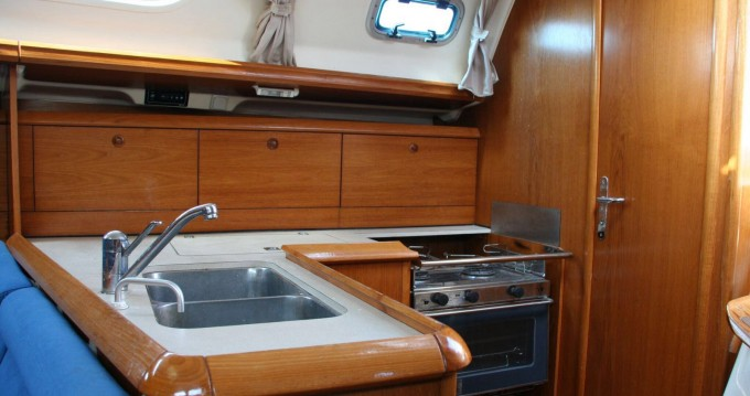 Location yacht à Ibiza (Ville) - Jeanneau Sun Odyssey 37 sur SamBoat