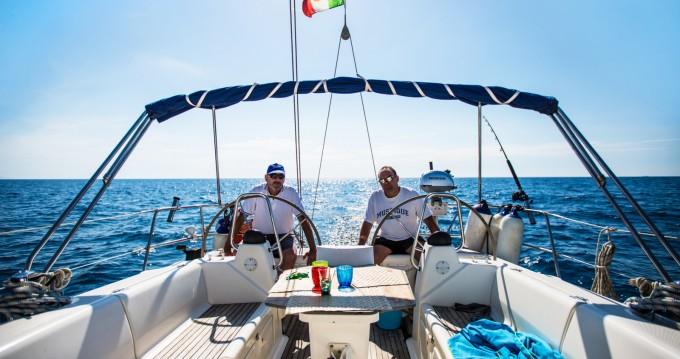 Louer Voilier avec ou sans skipper Bavaria à San Vincenzo