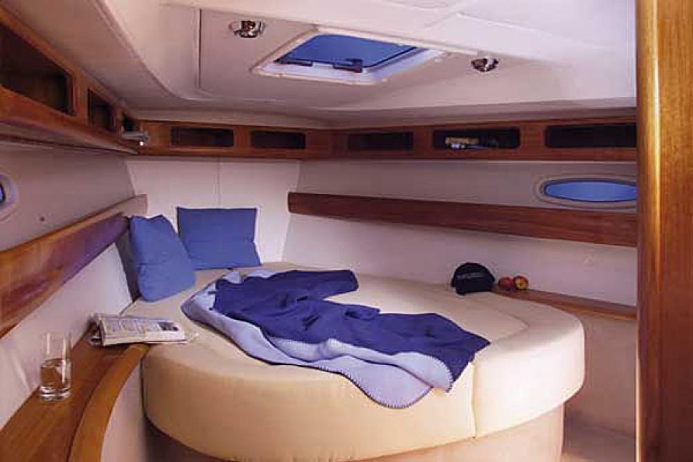 Noleggio yacht San Vincenzo - Bavaria Bavaria 42 su SamBoat