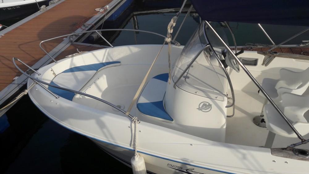 Location bateau Pontevedra pas cher Quicksilver 525 Flamingo