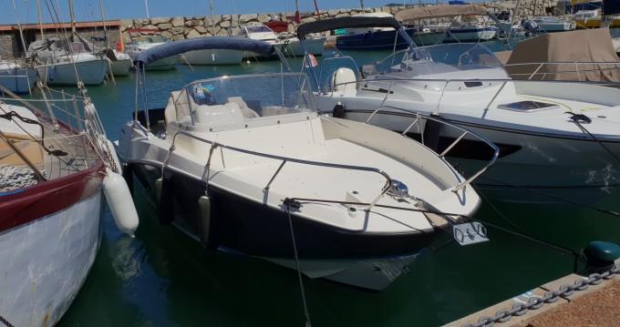 Location bateau Quicksilver Activ 675 Sundeck à Cogolin sur Samboat