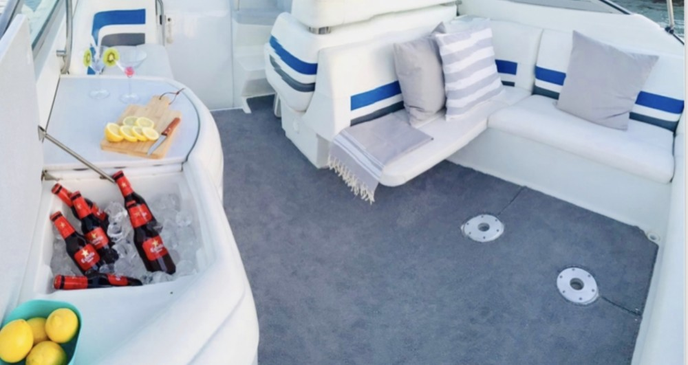 Hire Motor boat with or without skipper Formula Ibiza city