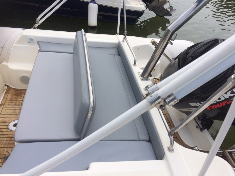 Joker Boat Clubman 26 between personal and professional Hyères