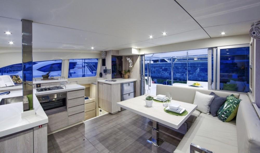 Rental yacht Olbia - Leopard leopard 40 on SamBoat
