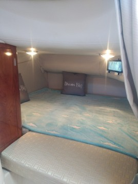 Motor boat for rent Mauguio at the best price