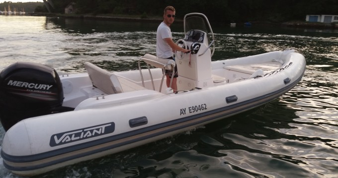 Location bateau Bono pas cher Valiant 630 Classic Hypalon