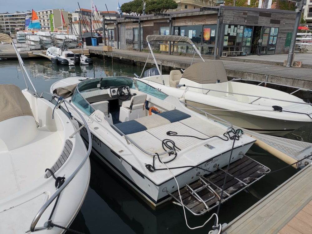 Louer Bateau à moteur avec ou sans skipper Colombo à Cannes