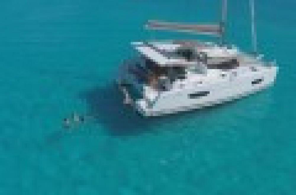 Noleggio Catamararno con o senza skipper Fountaine Pajot Napoli