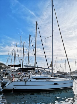 Location bateau Port d'Andratx pas cher Oceanis 323 Clipper